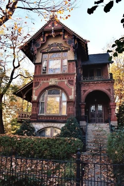 blue-pueblo-mars-2014-maison-victorienne-chicago