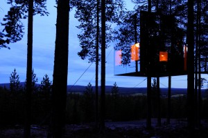 Mirrorcube-by-Treehotel-www.nexustravelsolutions.com-Luxury-Bespoke-Holidays-8