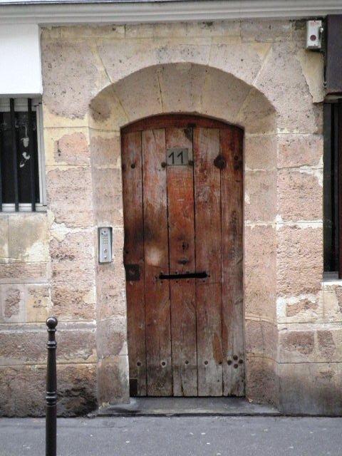 Mystérieuse... Rue du Plâtre