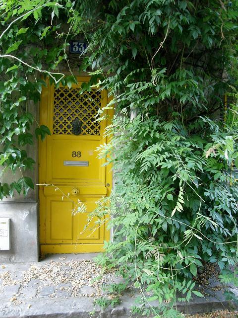 Yellow ! Rue des Termopyles