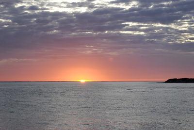 lever-de-soleil-sur-la-cote-bretonne-nature-paysages-dd06e0T400