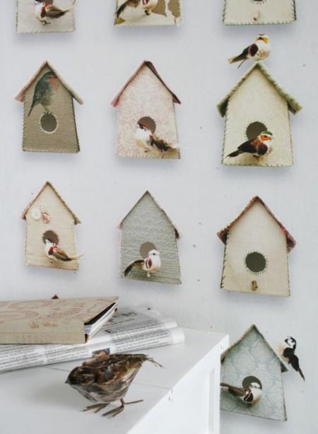 papier-peint-nids-d-oiseaux-birdhouse-par-studio-ditte chez THECOLLECTION.FR