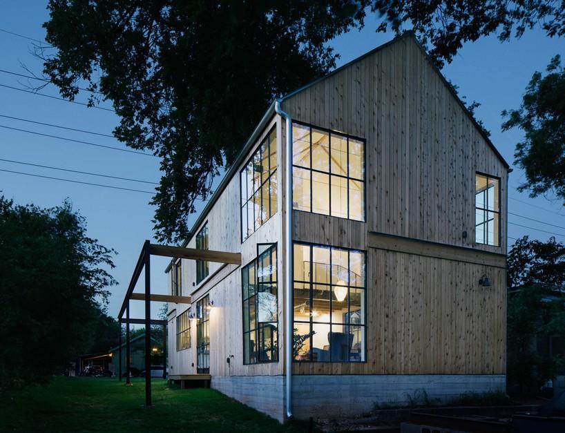 pavonetti-office-of-design-garden-street-residence-texas-designboom-01-818x627.jpg 1er janvier 2016