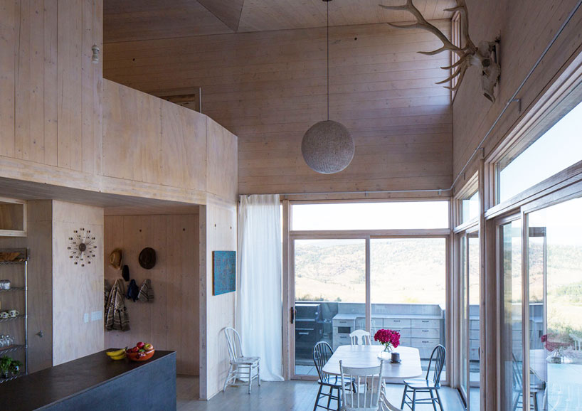 platform-architecture-design-sky-house-oroville-designboom-04