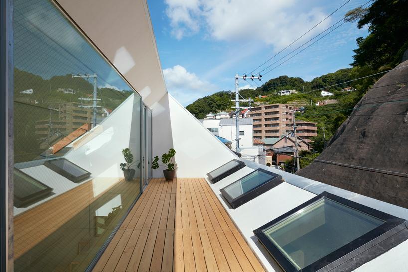 reslope-house-tomohiro-hata-kobe-japan-designboom-10